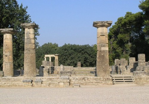 Olympia_-_Temple_of_Hera_3-e1426351433263